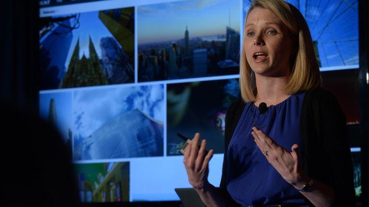 Marissa Mayer, PDG de Yahoo!, présente la nouvelle plateforme de photos Flikr, le 20 mai 2013 à New York (Etats-Unis). (EMMANUEL DUNAND / AFP)