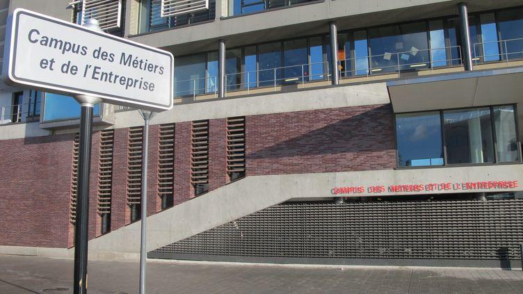 Les propos ont été tenus devant des élèves du Campus des métiers et de l'entreprise, à Bobigny (Seine-Saint-Denis). (MAXPPP)