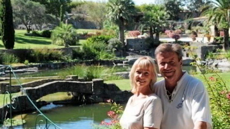 Le propriétaire du célèbre jardin à Servian (Hérault), élu plus beau jardin de France, a été mis en examen vendredi 20 octobre au soir et écroué. Il est soupçonné d'avoir lui-même commandité le cambriolage au cours duquel il a tué le cambrioleur, invoquant la légitime défense. (FRANCE 3)