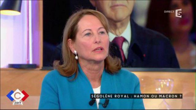 """Ségolène Royal trouve que Jean-Luc Mélenchon """"fait une très bonne campagne"""""""