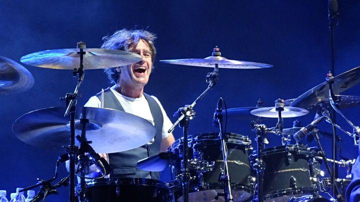 Richard Kolinka toujours heureux sur sa batterie  (Jean-François Convert)