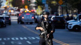 Un policier américain, le 31 octobre 2017 à New-York. (SHANNON STAPLETON / REUTERS)