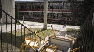 La faculté de lettres de Montpellier (Hérault) bloquée par des étudiants, le 30 mars 2018. (MAXPPP)