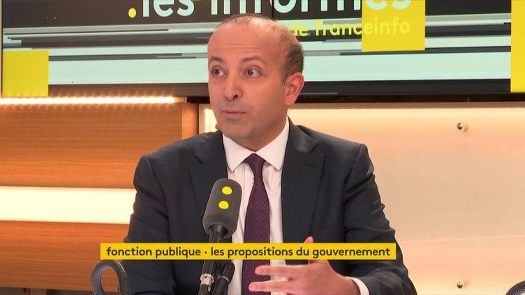 Rafik Smati, chef d'entreprise, président du mouvement Objectif France, sur le plateau de franceinfo, le 2 février 2018. (FRANCEINFO / RADIOFRANCE)