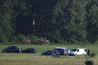 Un déploiement de la gendarmerie, le 17 juin 2019, pour la reconstitution du meurtre d'Alexia Davalau bois d'Esmoulins, près deGray-la-Ville, en Haute-Saône. (SEBASTIEN BOZON / AFP)