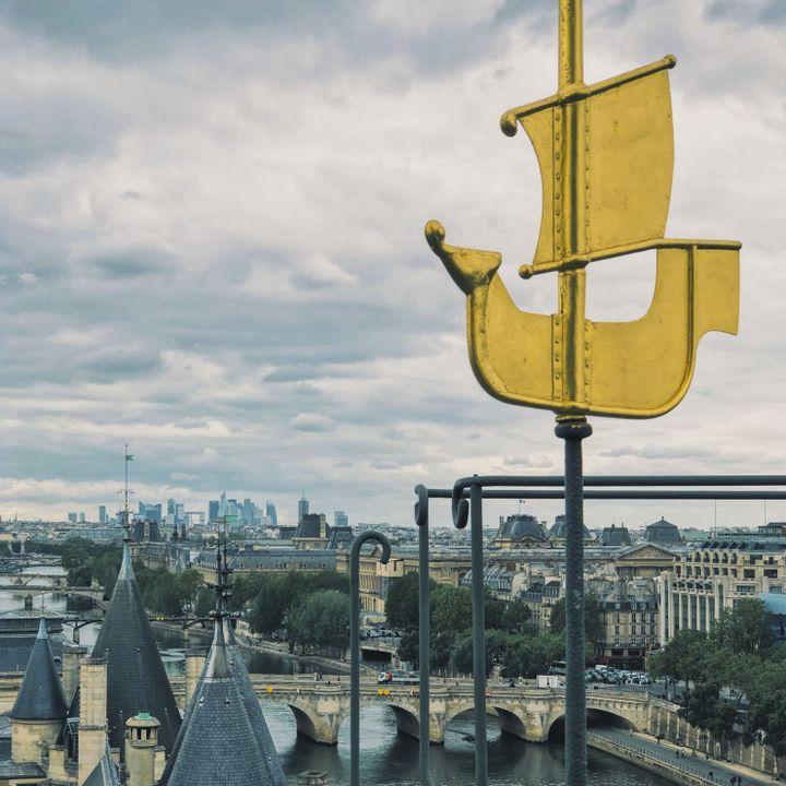 Vue depuis l'île de la Cité, à Paris. (DAVID FRITZ-GOEPPINGER POUR FRANCEINFO)