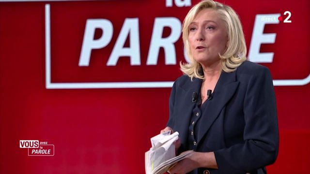 """It's your turn to speak : """"I could have signed it"""", says Marine Le Pen with reference to Gérald Darmanin's book"""