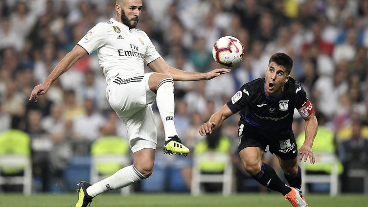 Karim Benzema virevoltant (GABRIEL BOUYS / AFP)