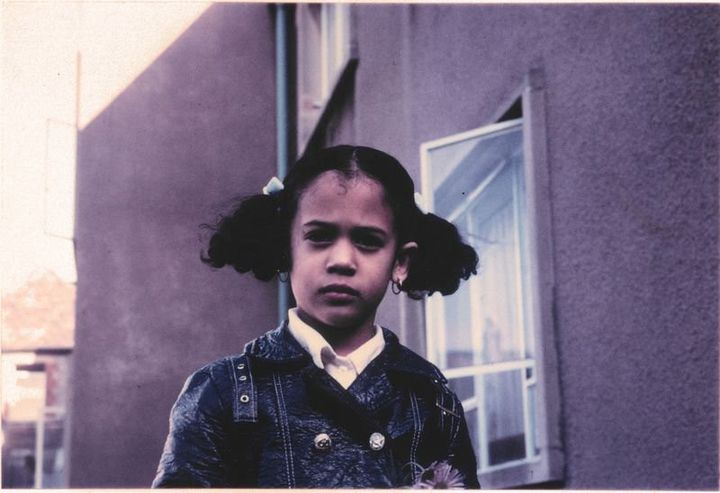 Photo non datée de Kamala Harris, enfant, à Berkeley (Californie). (KAMALA HARRIS / TWITTER)