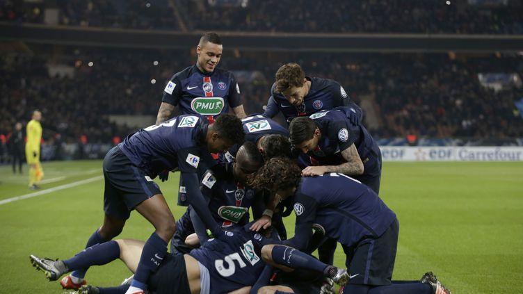 Les Parisiens s'en sortent bien... (KENZO TRIBOUILLARD / AFP)