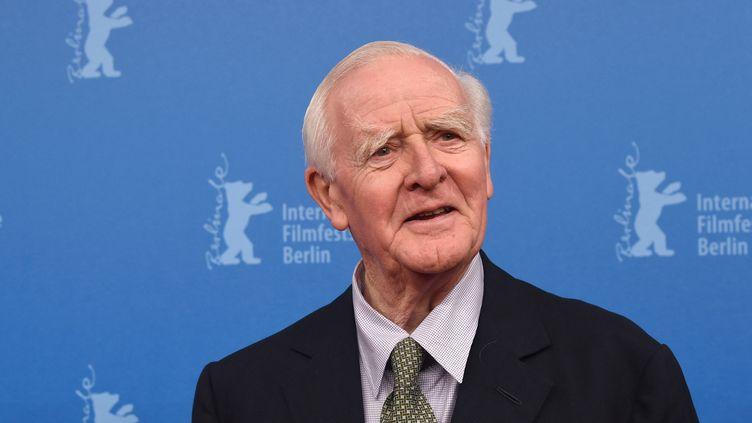 L'écrivain John Le Carré le 18 février 2016 au Festival du film de Berlin (JENS KALAENE / DPA / AFP)