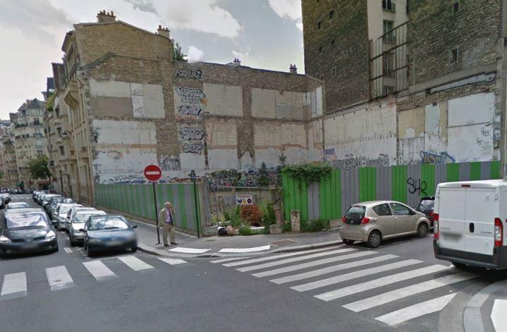 Le terrain vague appartenant à Rifaat Al-Assad, à l'angle des rues Jasmin et Henri-Heine, dans le 16e arrondissement de Paris. (GOOGLE MAPS)