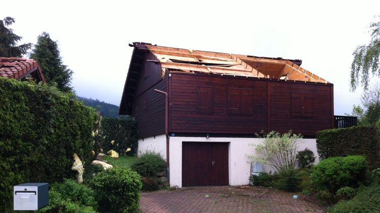 Une maison endommagée à Gerbépal (Vosges). (JEAN-PIERRE PETITCOLAS / FRANCE 3 LORRAINE)