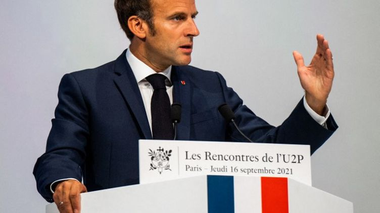 Le président de la République, Emmanuel Macron, le 16 septembre 2021. (XOSE BOUZAS / HANS LUCAS / AFP)