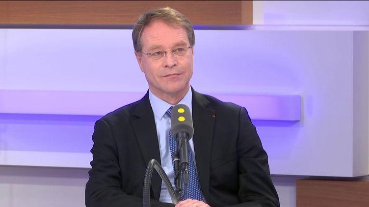 François Asselin, invité éco du 2 mars 2020. (FRANCEINFO / RADIOFRANCE)