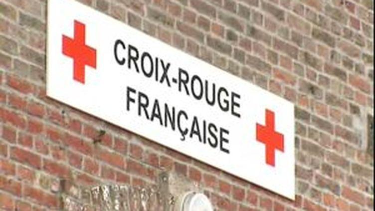 Une enseigne de la Croix-Rouge