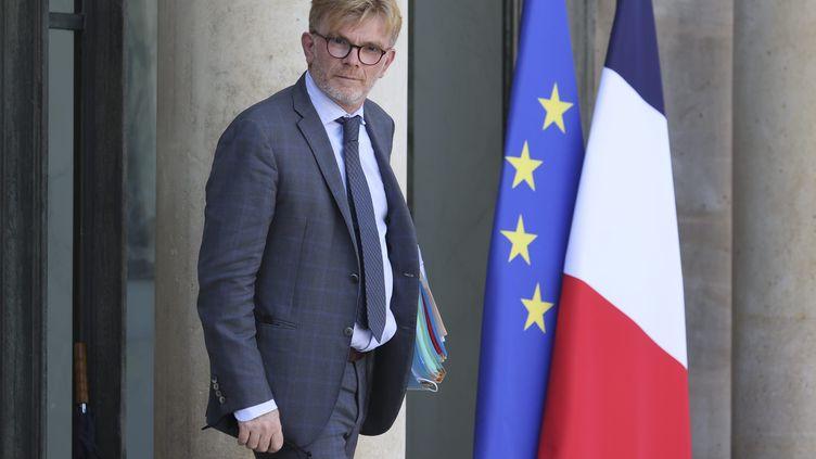 Marc Fesneau, ministre délégué chargé des relations avec le Parlement et de la Participation citoyenne, à la sortie du Conseil des ministres, le 8 septembre 2021. (SEBASTIEN MUYLAERT / MAXPPP)