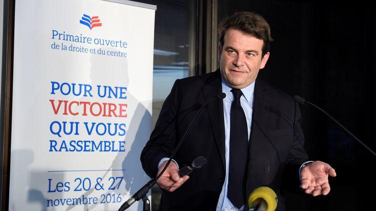Thierry Solère, alors président de la commission de la primaire de la droite, désormais porte-parole de François Fillon, le 20 novembre 2016. (MIGUEL MEDINA / AFP)