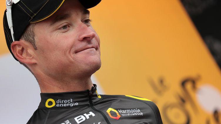 Thomas Voeckler remporte le prix de la combativité au terme de la troisième étape du Tour de France, le 4 juillet 2016 à Angers. (KENZO TRIBOUILLARD / AFP)