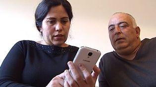 Capture d'écran montrant le drHassan Youssef Wahid et son épouse Manal Hashash, rescapés syriens en Suisse, novembre 2014 ( FRANCE 2)