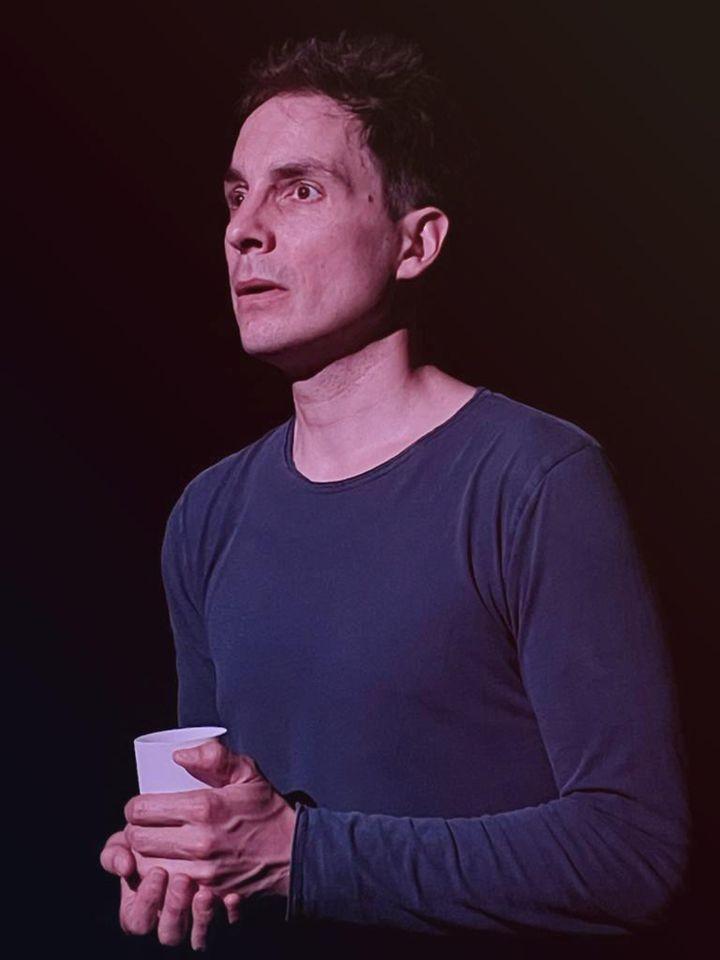 """Marc Arnaud dans le Off d'Avignon 2012 avec """"La métamorphose des cigognes"""" (Alejandro Guerrero)"""