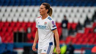Amandine Henry (Olympique Lyonnais) lors des quarts de finale de Ligue des champions féminine contre le Paris Saint-Germain, le 24 mars 2021, au Parc des Princes à Paris. (ANTOINE MASSINON / MAXPPP)