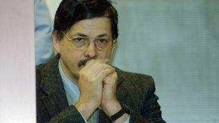 Le meurtrier pédophile belge Marc Dutroux, le 22 avril 2004 à Arlon (Belgique). (STF / AFP)