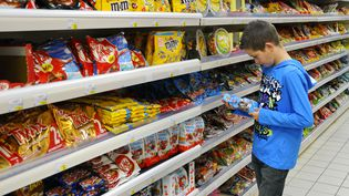 Face à l'avalanche d'alertes sanitaires, que pouvons-nous encore consommer sans danger ? (HOUIN / BSIP / AFP)