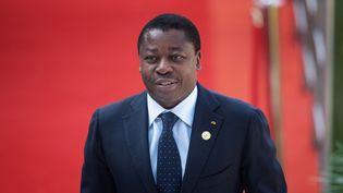 Le président togolais, Faure Gnassingbé, à Pretoria le 25 mai 2019. Arrivé au pouvoir en 2005, il a été réélu à quatre reprises lors de scrutins contestés par l'opposition. (MICHELE SPATARI / AFP)