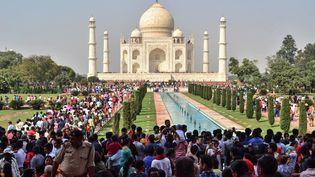 Près de 50 000 personnes ont visité le Taj Mahal le 20 octobre 2018 (photo), selon les médias indiens. (PAWAN SHARMA / AFP)