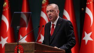 Le président turc Recep Tayyip Erdogan prononce un discours à Ankara, le 3 novembre 2020. (ADEM ALTAN / AFP)