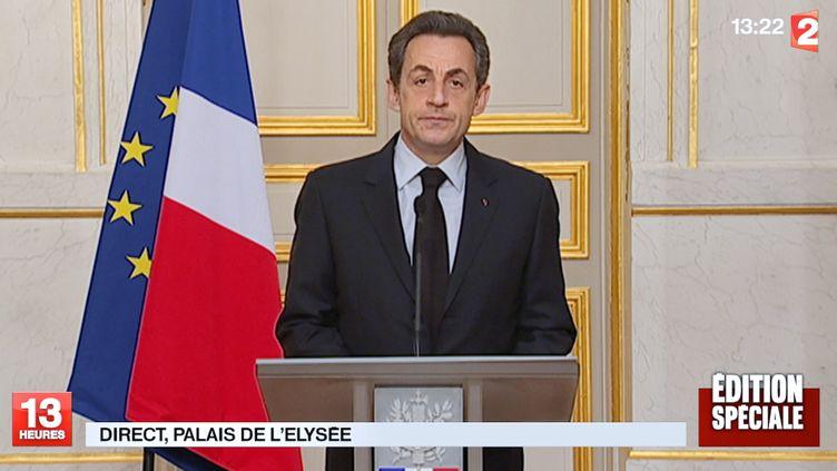 Nicolas Sarkozy lors de son allocution depuis l'Elysée, le 22 mars 2012. (CAPTURE D'ECRAN / FRANCE 2)