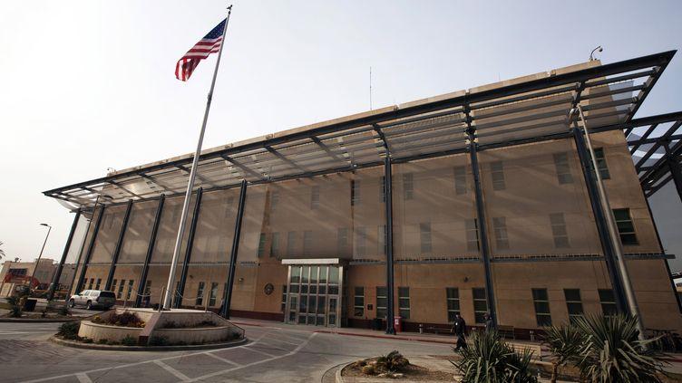 Un bâtiment de l'ambassade américaine en Irak, à Bagdad, le 14 décembre 2011. (LUCAS JACKSON / REUTERS)