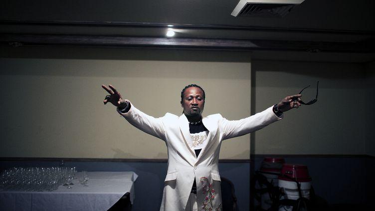 Werrason, en coulisses, lors d'un concert à Kinshasa en avril 2006. (PER-ANDERS PETTERSSON / GETTY IMAGES NORTH AMERICA)