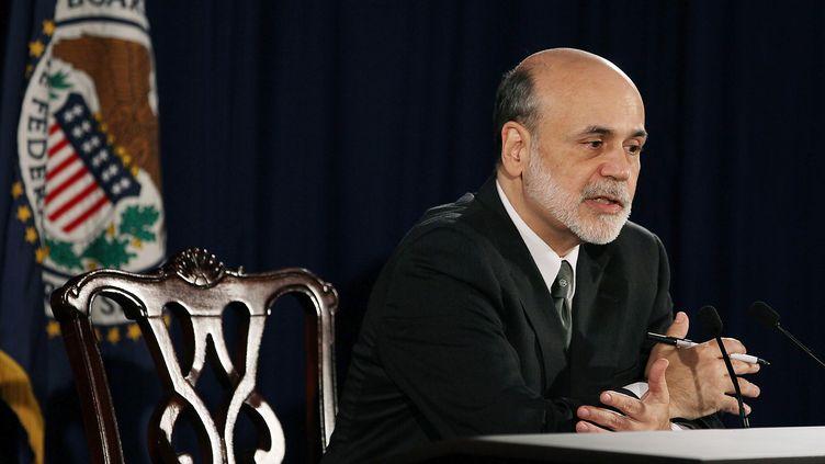 Le président de la Réserve fédérale américaine, Ben Bernanke, lors d'une conférence de presse à Washington (Etats-Unis), mercredi 2 novembre 2011. (MARK WILSON / GETTY IMAGES / AFP)