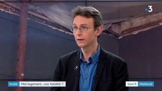 Manuel Domergue, directeur des études de la Fondation Abbé-Pierre (France 3)