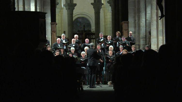 Le premier concert s'est déroulédans l'abbatiale de Chambon-sur-Voueize dans la Creuse. Une exception pour ce festival typiquement auvergnat. (France 3 Auvergne)