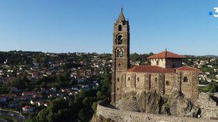 La chapelle d'Aiguilhe émerveille les touristes  (France 3)