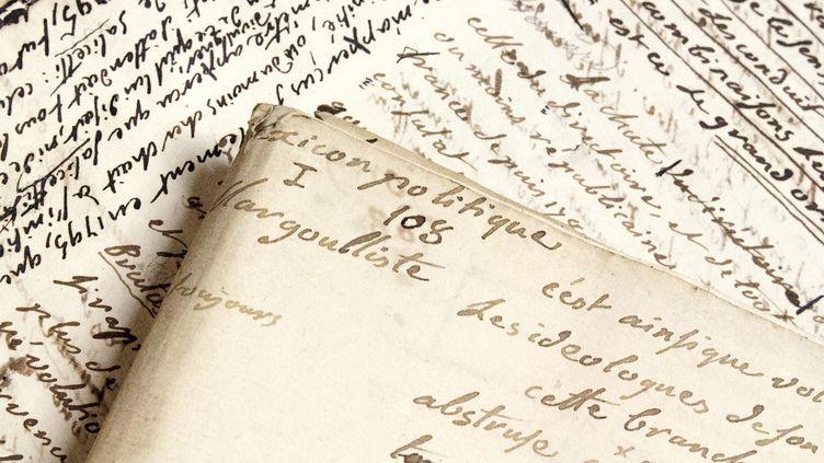 La librairie Le Feu Follet présentera au salon des feuillets manuscrits inédits de Louis, Chevalier de Sade (1753-1832), auteur du Lexicon politique et cousin du Divin Marquis. (LIBRAIRIE LE FEU FOLLET)