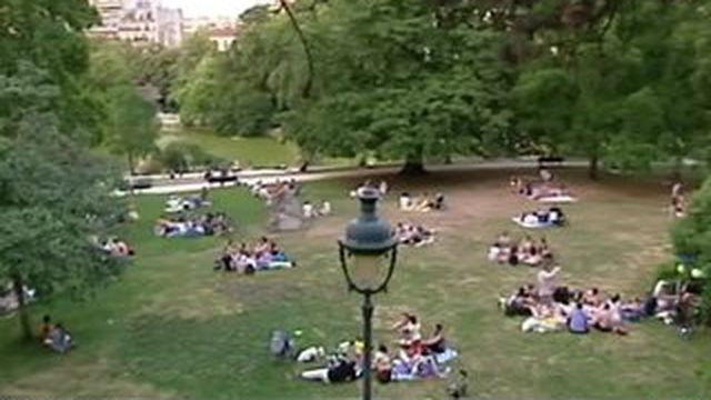 Canicule : cinq grands parcs parisiens ouverts toute la nuit