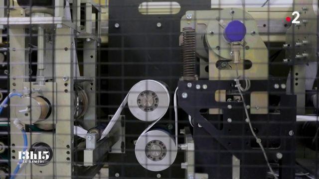 VIDEO. Coronavirus : au cœur d'une usine française de masques respiratoires dont l'Etat réquisitionne 100% de la production