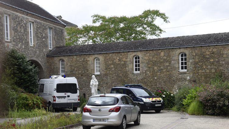 Olivier Maire a été tuédans sa chambre, dans la Maison des missionnaires du Montfortais, à Saint-Laurent-sur-Sèvre en Vendée. (SEBASTIEN SALOM-GOMIS / AFP)