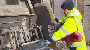 Yonne : des éboueurs payés à ne rien faire (FRANCE 2)