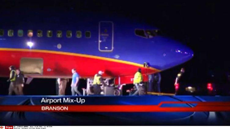 Capture d'écran de la chaîne américaineKSPR-TV montrant l'avion qui s'est trompé d'aéroport,le 12 janvier 2014. (AP/SIPA / AP)