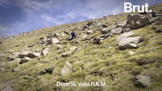 Nettoyer les Pyrénées, c'est l'énorme défi que s'est lancé Jimmy. À pied, il parcourt seul les sommets inaccessibles aux véhicules terrestres et a déjà redescendu près de 2 tonnes de déchets depuis la création de son association Rêves Ô Sommets. Brut l'a suivi.