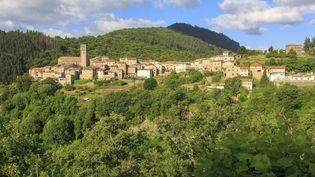 Antraigues-sur-Volane dans l'Ardèche, village de caractère dont Jean Ferrat est tombé amoureux. (PHILIPPE FOURNIER / ONLY FRANCE VIA AFP)