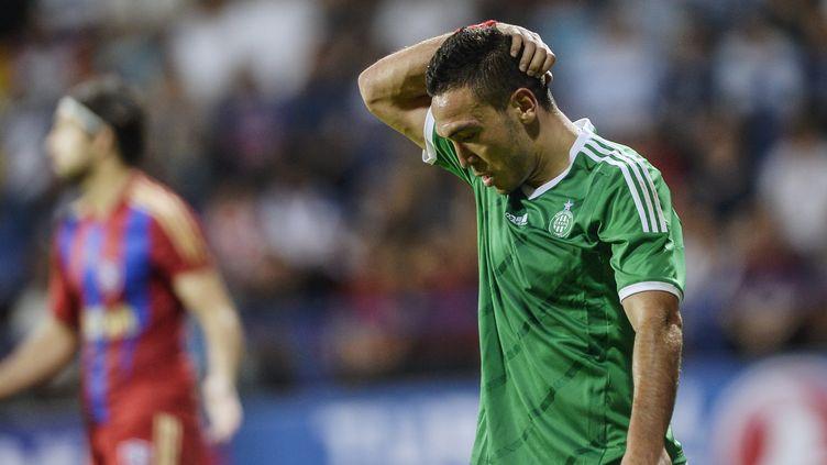 Mevlut Erding devra se passer du maillot vert pendant quelques semaines (BULENT KILIC / AFP)