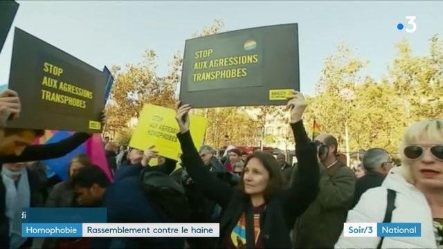 Paris : grande manifestation contre l'homophobie