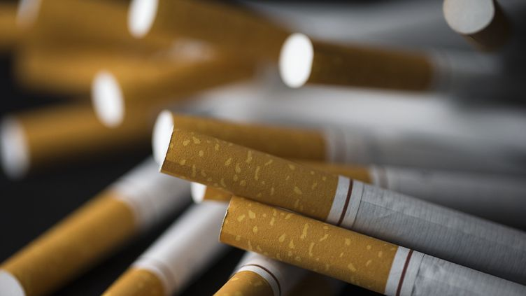 Des cigarettes (illustration). (JOEL SAGET / AFP)