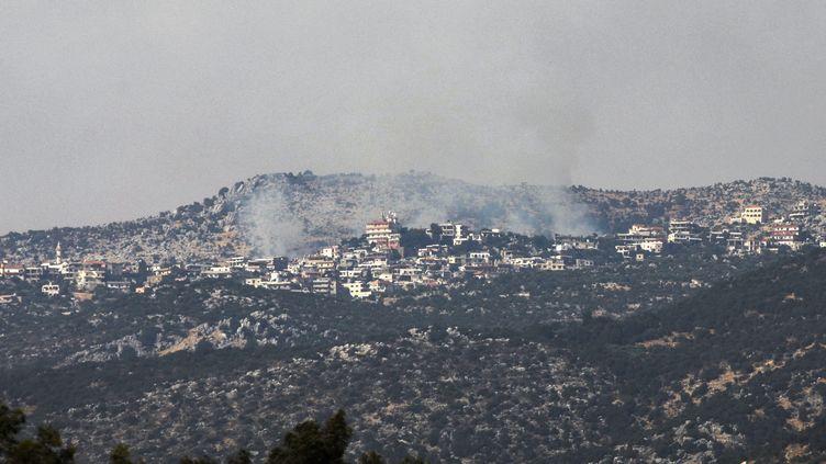 Des fumées venues de la frontière entre Israël et le Liban, le 27 juillet 2020. (JALAA MAREY / AFP)